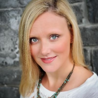 Laurie Pottmeyer Headshot