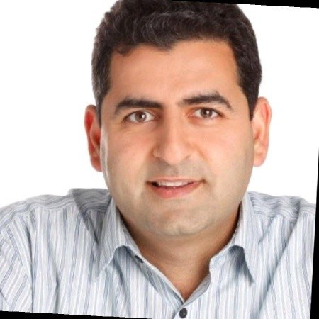 Mario Tevanian Headshot